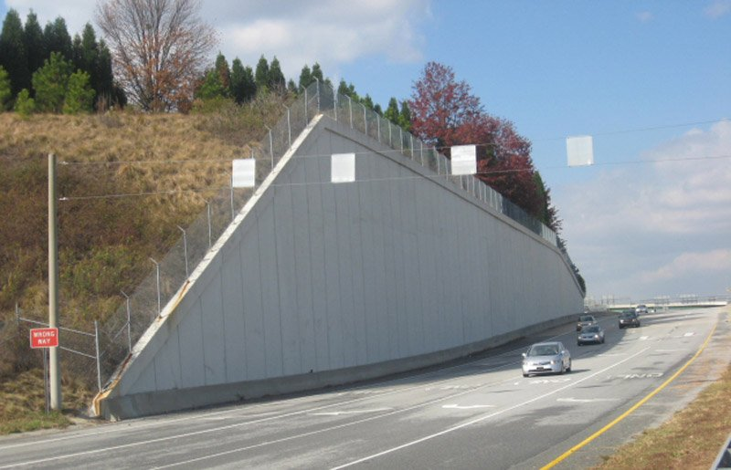 Schnabel offers leading-edge retaining wall construction, whatever the environment, whatever your operational challenges.
